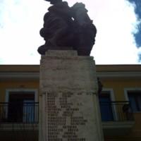 Oma_Nigro_Joe_006 (war memorial).jpg